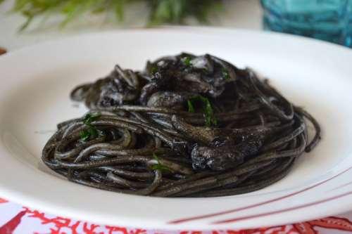 ricette Spaghetti al nero di seppia