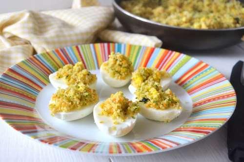 Vegetariane ricette Uova ripiene di cous cous
